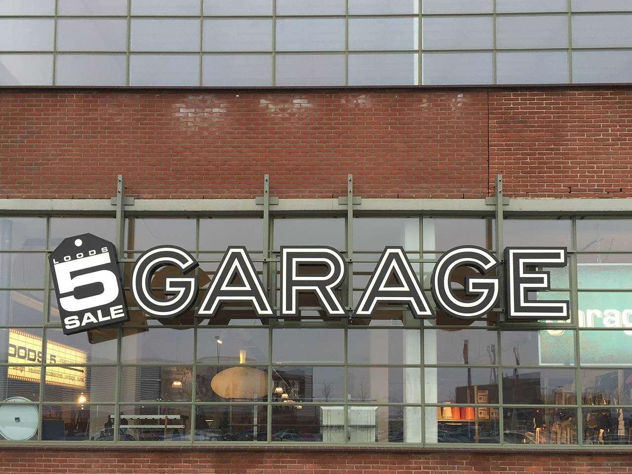 Bankstellen Outlet Zaandam.Garage Outlet Loods 5