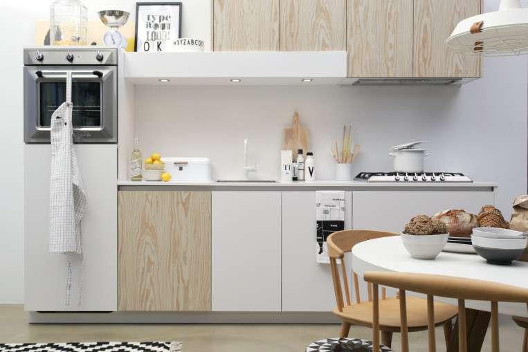 Zwart Scandinavisch Keuken : White kitchen loods 5