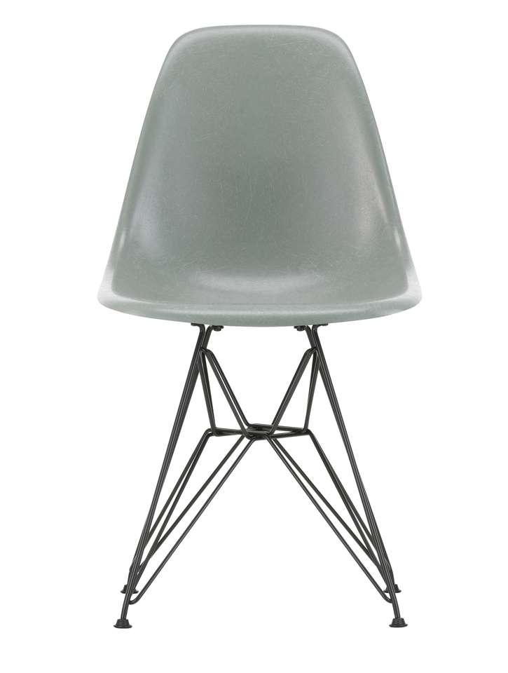 Eames Stoelen Loods 5.Dsr Fiberglass Chair Stoelen Loods 5